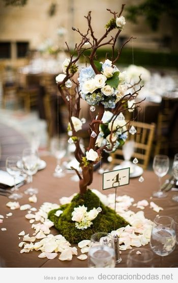 Ideas decorar Centro mesa boda con un mini árbol