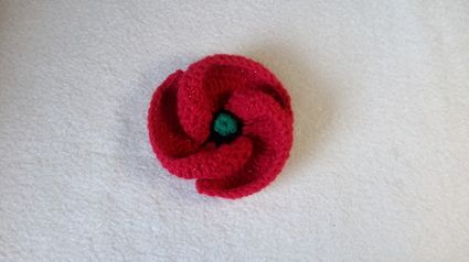 Crochet a Poppy for Remembrance Day