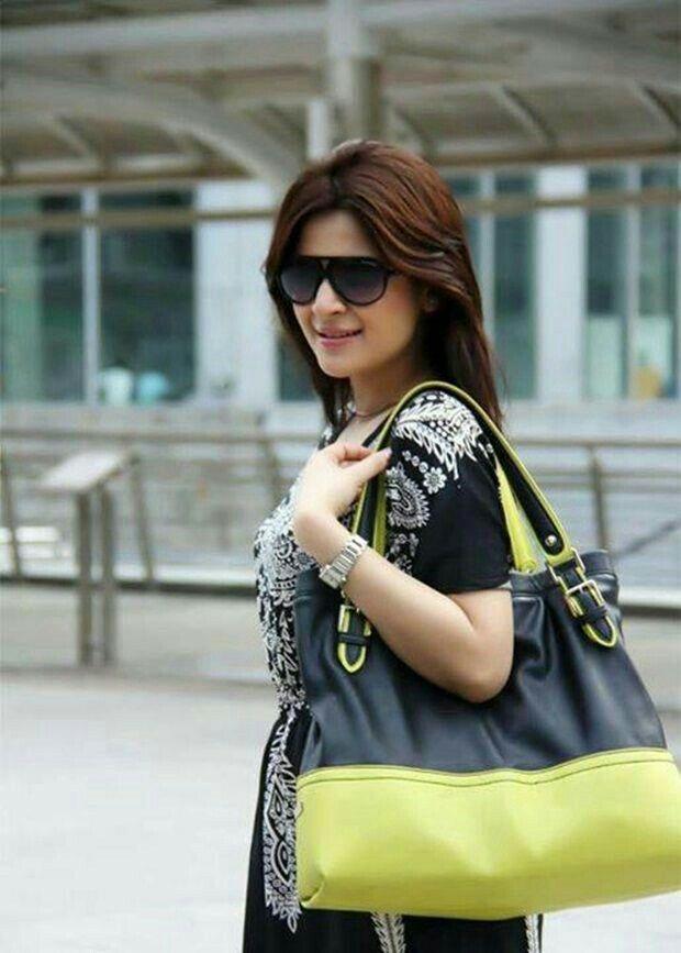 Beautiful Ayesha Omar. Pakistani Actress  عیشہ عمر