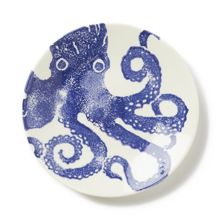 Charmingly nautical, the Costiera Blue Octopus Salad Plate features a bold, vibrant print bringing the art of the ocean to your tablescape. Hand-painted in Veneto by applying a unique sponging...
