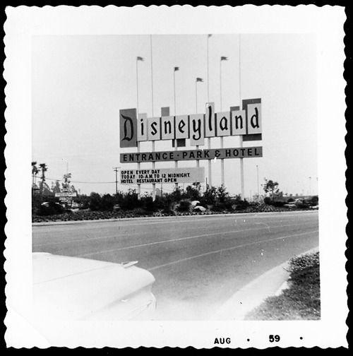 Disneyland entrance, March 1959, photographer unknown. Via Daveland.
