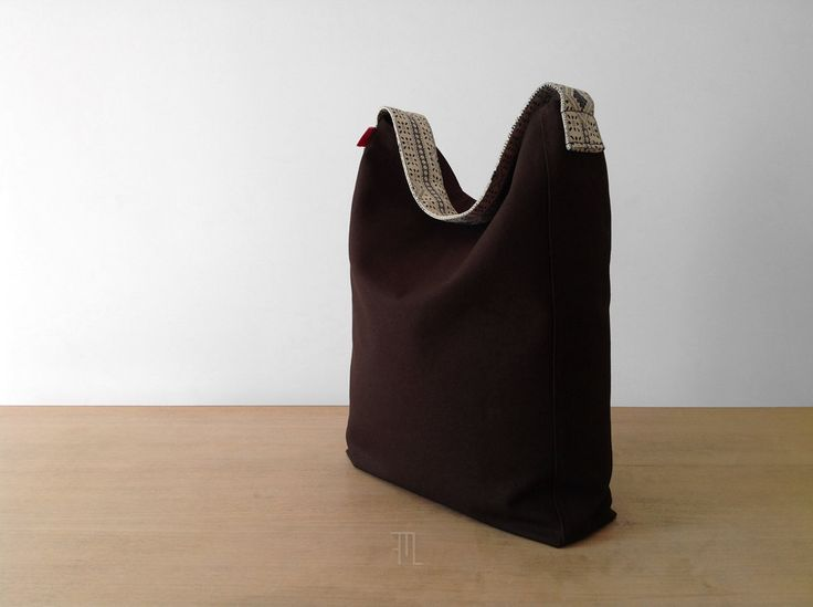 #Ooak #hobo #bag  in #cocoa #brown #cotton #fabric and #strap in #vintage #linenblendfabric  https://goo.gl/upNAmS  #madeinItaly  by #fmldesign #OneOfAKind #handmade #bucketbag #ホーボーバッグ #artisan #designer #hobobag #bag #summerbag