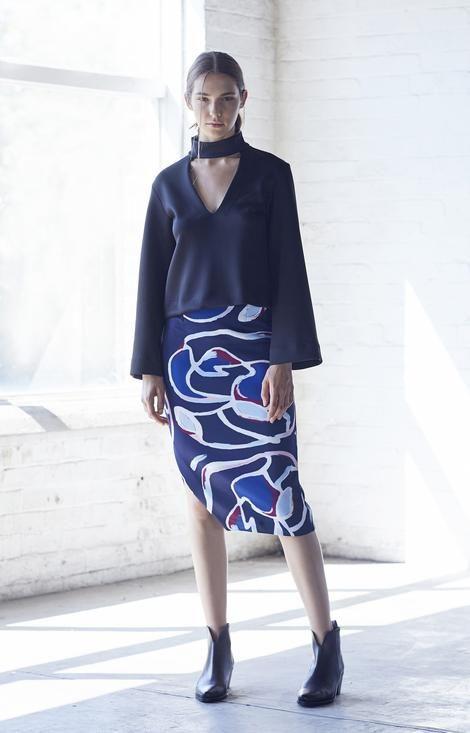 Jillian Boustred / . Asymetric Pencil Skirt . - Akagu