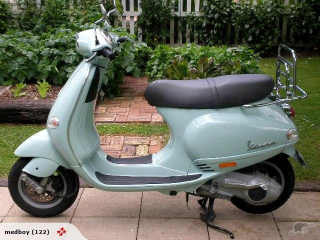 Vespa ET4 2002. My new Baby