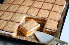 Die Orangen-Schnitten schmecken fruchtig, cremig und leicht. Ein Rezept das nicht nur farblich in den goldenen Herbst passt.
