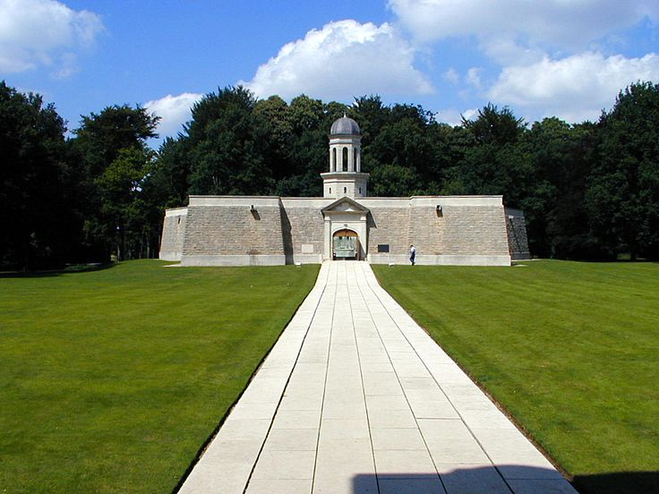 Delville Wood     In 1986, the South African Commemorative Museum, a five-pointed star-shaped building located behind the memorial, was unveiled by P. W. Botha, the President of the Republic of South Africa.