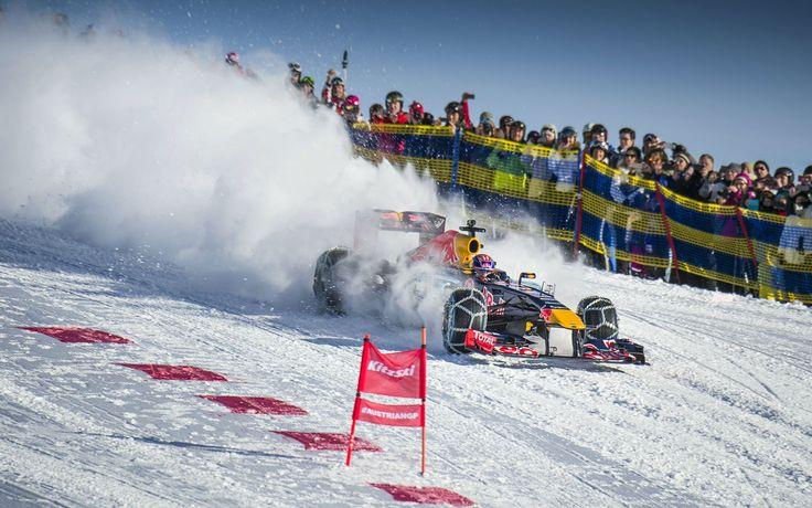 GALERIE: Tomu neuvěříte: Formule 1 se nebojí sněhu, řádí na sjezdovce v Alpách (videa) | FOTO 29 | auto.cz
