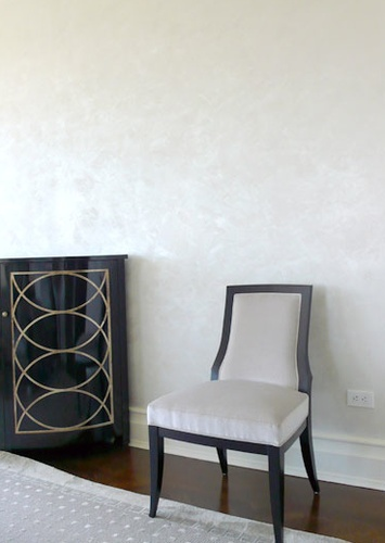 Kolcaustico Venetian Plaster with a pearlescent topcoat