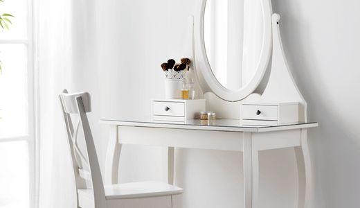 Schminktische und Frisiertische wie z. B. HEMNES Frisiertisch mit Spiegel, weiß