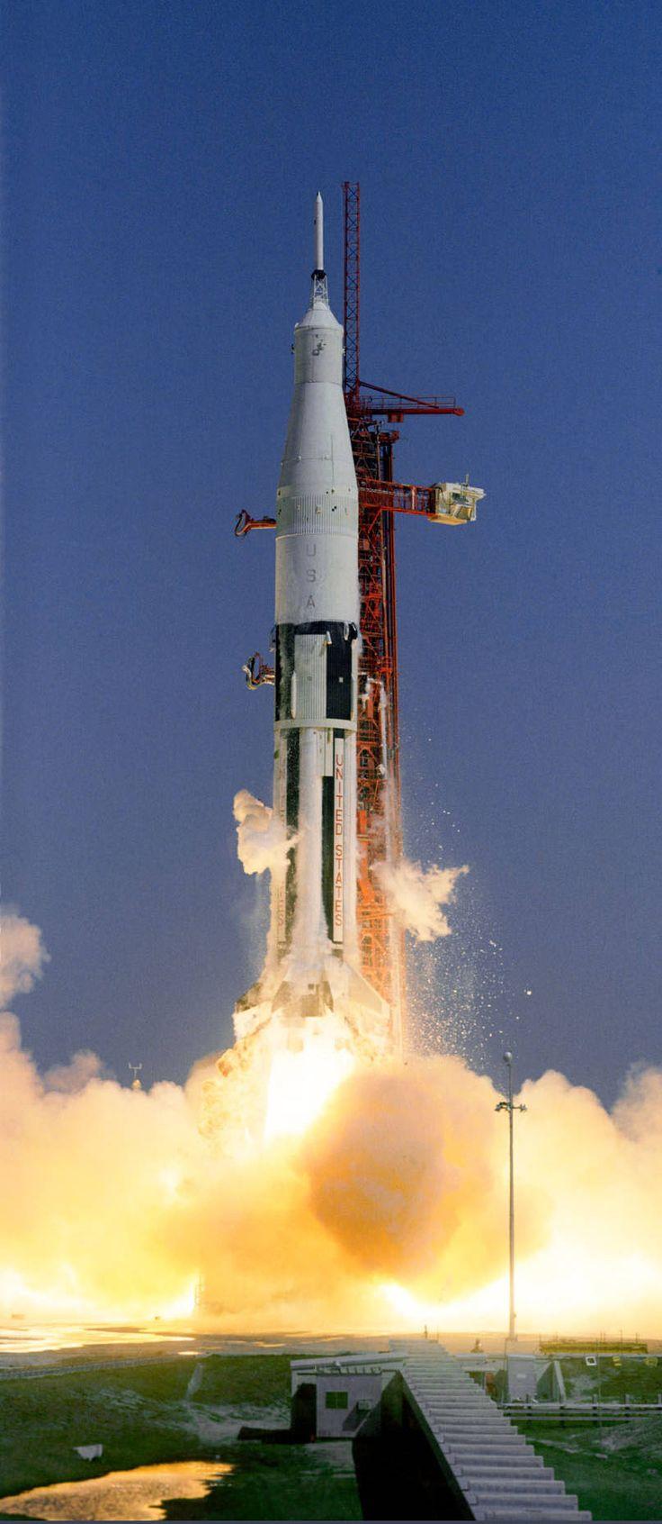 【今日の歴史】1969年7月16日の事【アポロ11号】 月にクルーを降ろした世界初の有人「月」宇宙船打ち上げ! #history #space #USA #歴史 #science