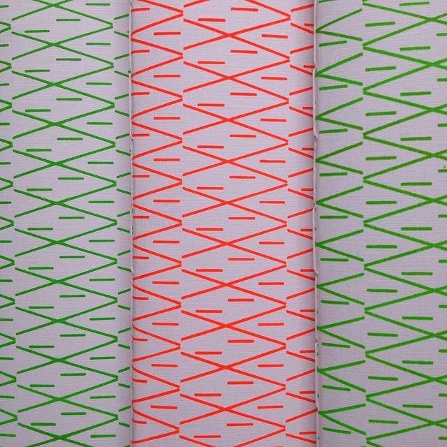Instagram media wunhandmade - Cuadernos en serigrafia, tinta fluor // 30 hojas bond blanco 90 gms // cosido manual con hilo de algodón