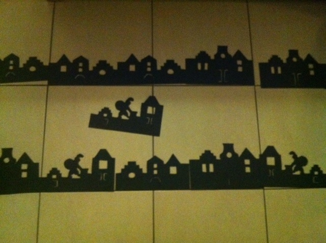 Leuke silhouetten voor op de ramen van je lokaal. Van http://www.adlj.nl/laed/wp-content/uploads/2009/11/SintSilhouet.pdf