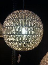 Prachtige white wash Rotan hanglamp (groot)