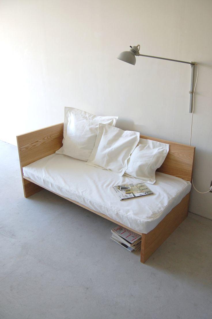 106 | 01_Standard furniture Plate sofa: W1,500  D750  H720 / Solid ash  oil finish
