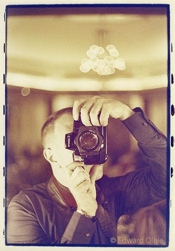 Self portrait in wedding - Edward Olive fotografo artistico diferente para boda - fotos sin poses ni horteradas