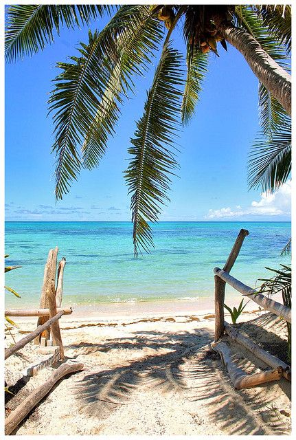 And there was paradise - Yasawa islands - Fiji ~~~ This would make for a great wedding picture :) #FijiWedding