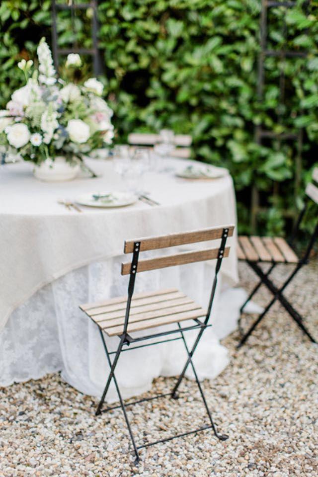 Bruiloft met buiten diner bij Parkhotel Hugo de Vries.  Wedding garden