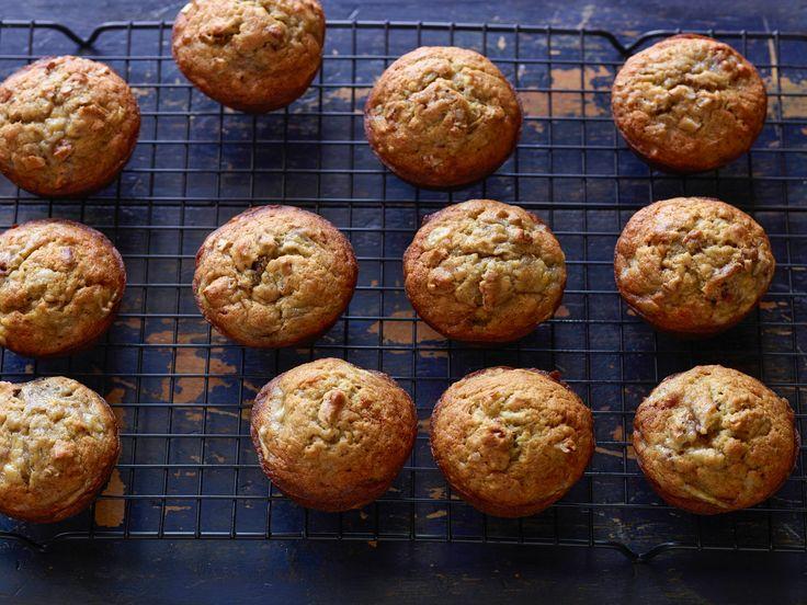 BEST Banana Muffins Evvvver! Banana Nut Muffins Recipe : Tyler Florence : Food Network - FoodNetwork.com