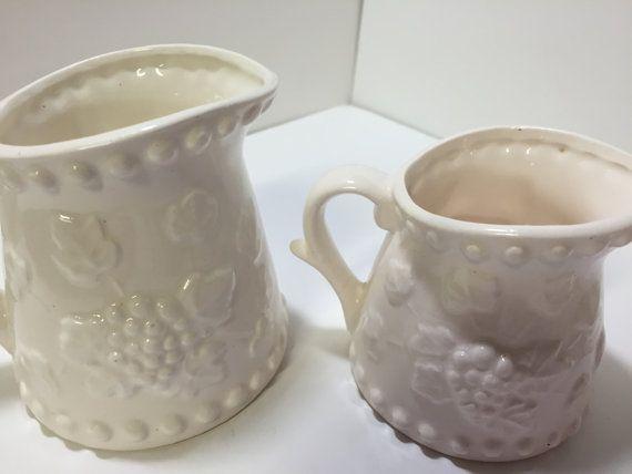 Vintage Measuring Cup Set Grapes Measuring Cups by Unemaisonbleu