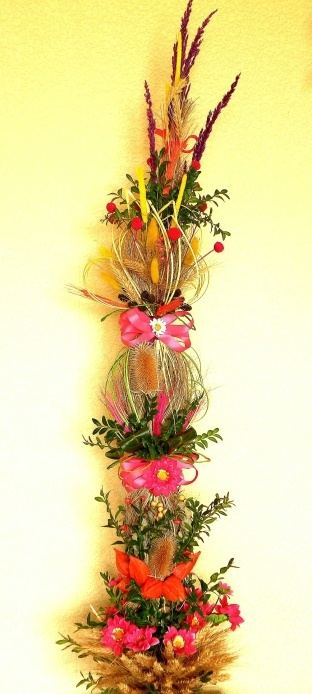 Polish folk traditions around Easter | Art Factory Białystok-Polish Palm for Palm Sunday.