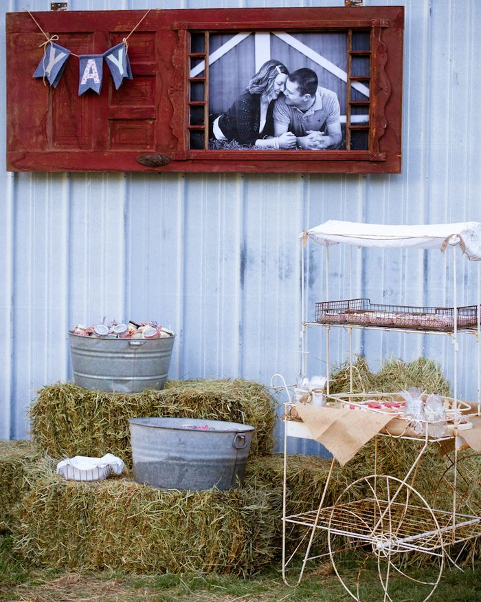 GREAT ideas for decorating a barn for an event. (Rehearsal dinner in this instance.)