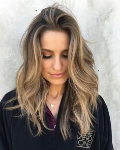 """""""Similar to the murky in-between that """"bronde"""" offers, Hazelnut hair isn't entirely blonde or brunette but instead a flawless mix of both."""" #HazelnutHeaven @riawnacapri @britandco"""