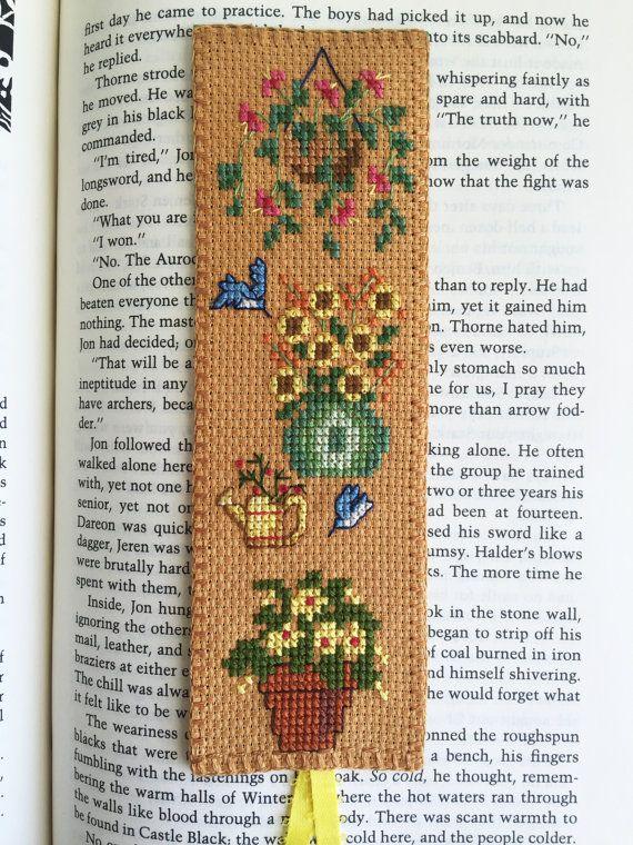 Cross Stitch Bookmark Better Garden Handcrafted por VivArtCastle