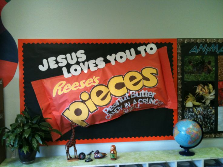 Reese S Pieces Jesus Loves You To Pieces Bulletin Board