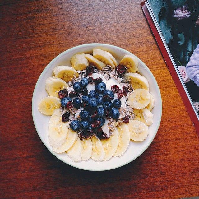 """A bowl full of goodness, like you! #morning #goodmorning #breakfast #BreakfastBonanza #fruitbowl #muesli #yoghurt #blueberries #banana #fresh #healthyfood #culinarybonanza"" Photo taken by @ellynatjohnardi on Instagram, pinned via the InstaPin iOS App! http://www.instapinapp.com (08/14/2014)"