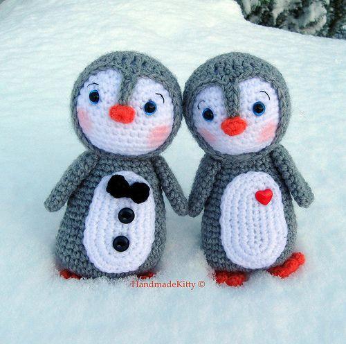 Kawaii Amigurumi Penguin couple crochet pattern♥ by HandmadeKitty=^_^=, via Flickr