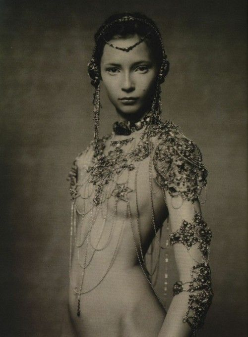 Fearless.: Paoloroversi, Paolo Roversi, Italian Vogue, Inspiration, Goddesses, Beautiful, Art, Chains, Photography