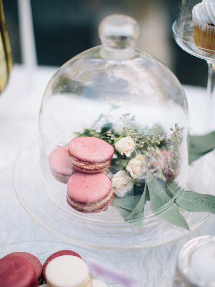 wedding candy bar, wedding sweets, drinks wedding refreshments, свадебные угощения, сладости, еда, стол, напитки, цветы, флористика, посуда