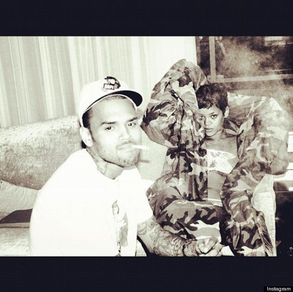 Chris Brown Back to Twitter, And Back With Rihanna! Video