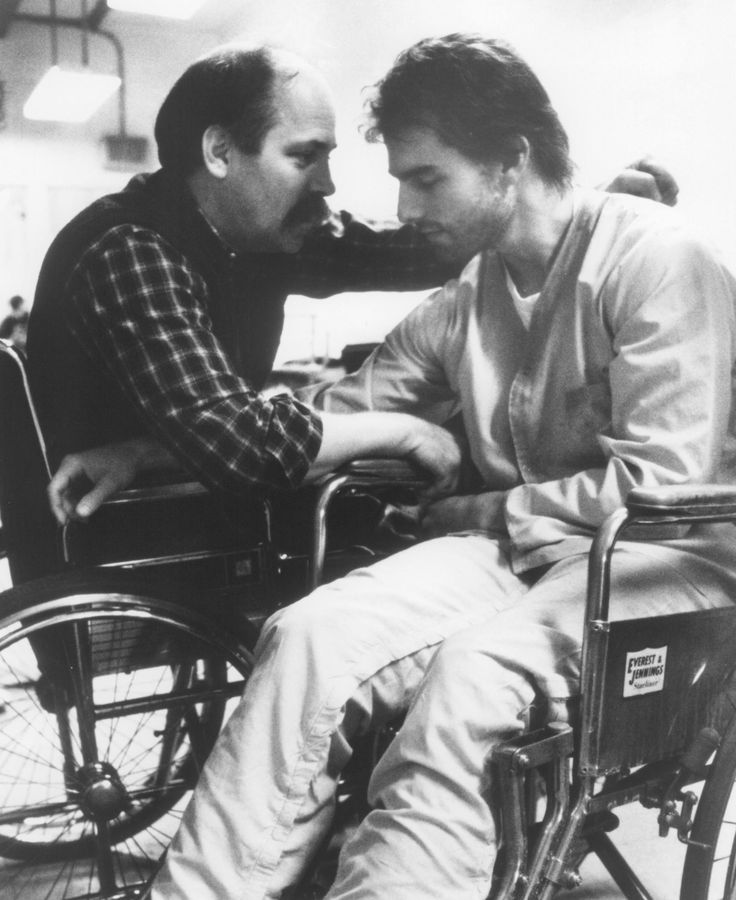 Still Of Tom Cruise And Ron Kovic from 'Born On The Fourth July'.