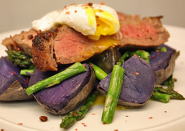 RECIPE: Steak and eggs with purple potatoes and asparagus: http://thefatdudediet.com/2011/02/17/week-14-meal-2-this-beefs-worth-a-thousand-words/