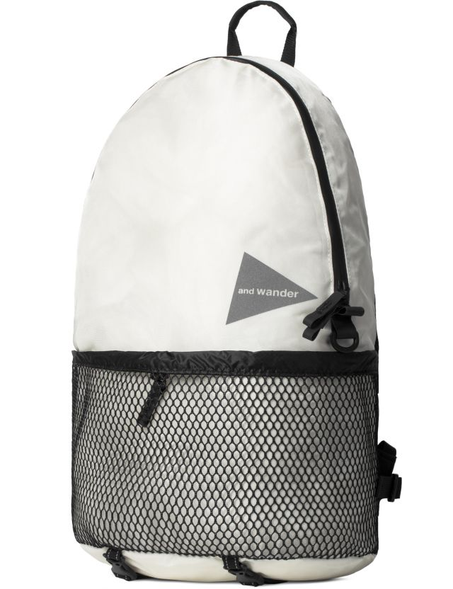 and wander White AW-AA990 20L Daypack