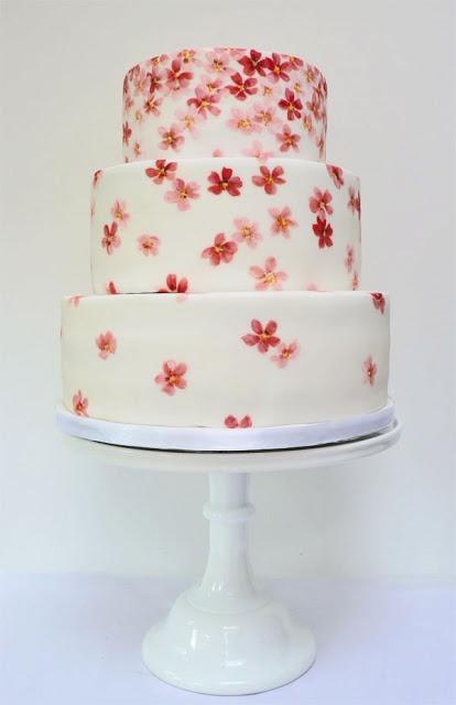 ウェディングケーキ?