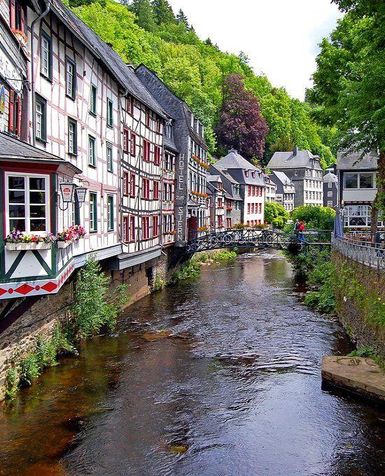 Monschau (Nordrhein-Westfalen), Deutschland Check! Check! Check! Check! :D