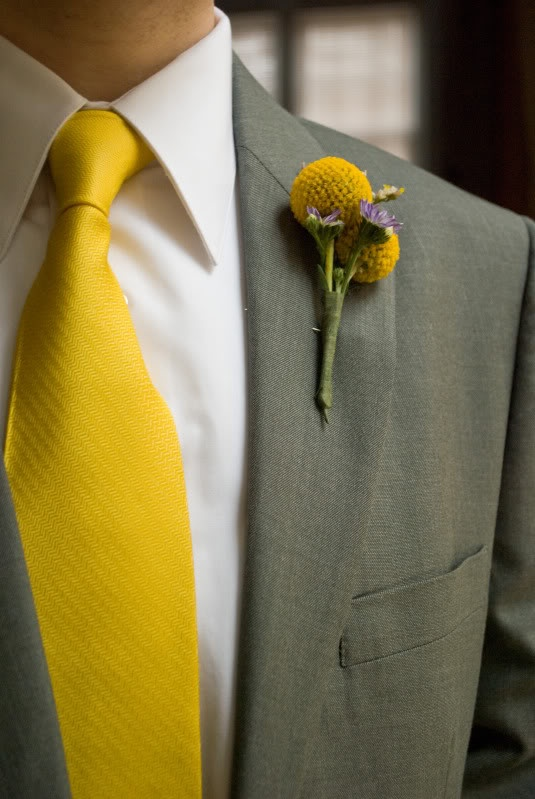 Groom's tie and boutonniere. Gray and yellow wedding colors. Billy button yellow flowers.