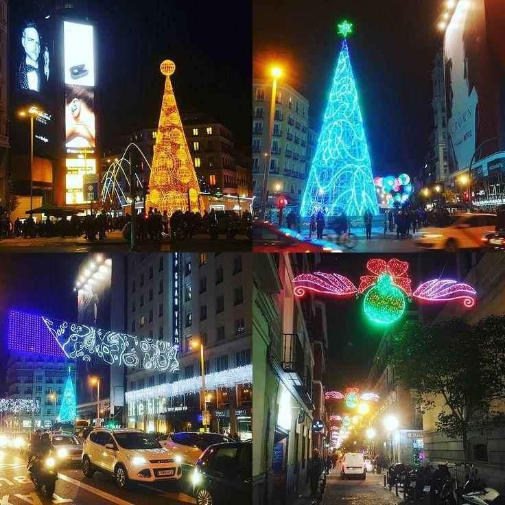 Feliz Navidad #madrid #lacalle #feliznavidad #christmastree