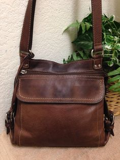 Fossil Brown Leather Organizer Crossbody Shoulder Handbag Bag Purse Key Fob VGUC #Fossil #ShoulderBag