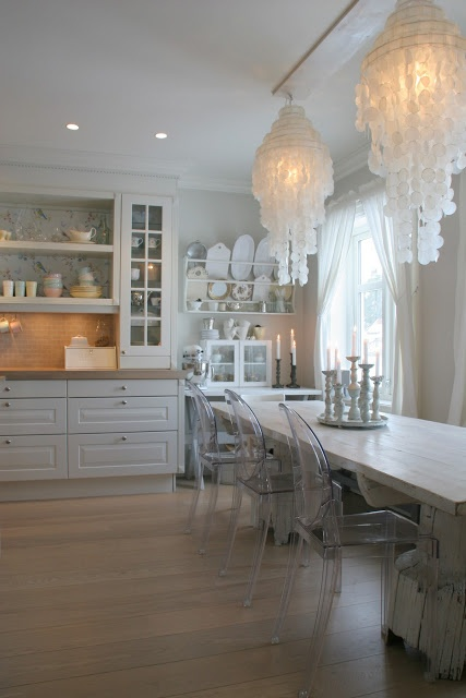 White kitchen modern country style