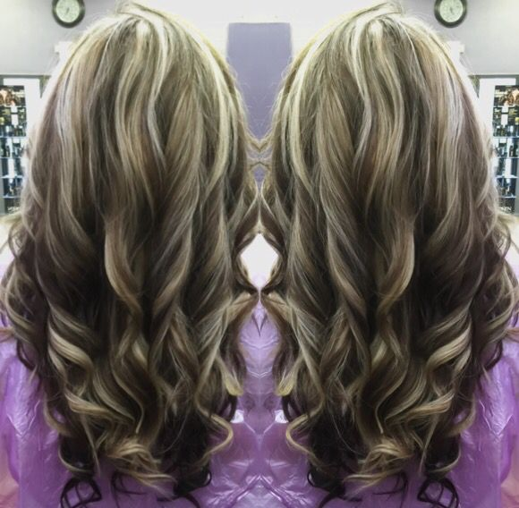 Dark brown lowlights and light blonde highlights on golden ...