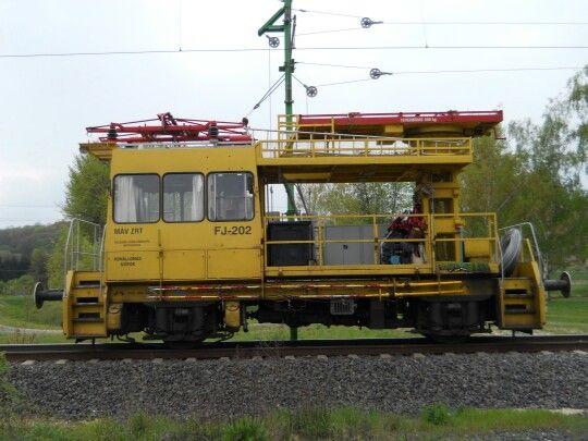 MÁV FJ+202