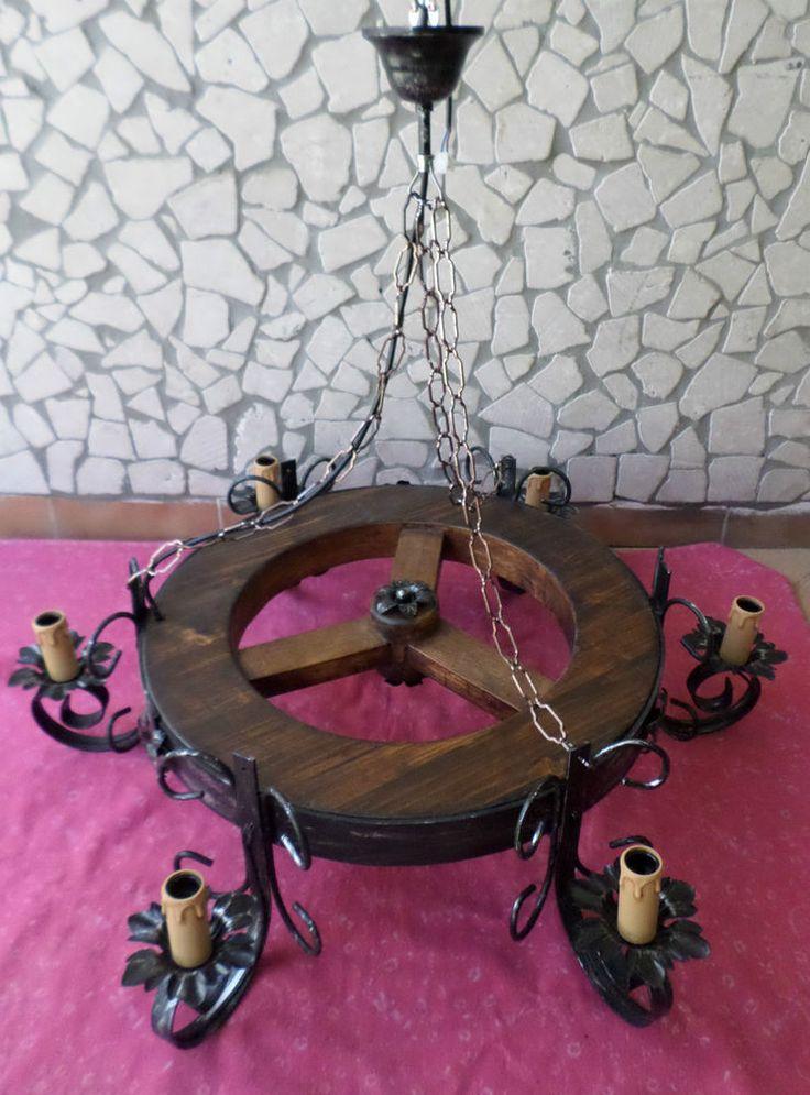 Lampadario rustico ruota 6 luci in ferro battuto legno