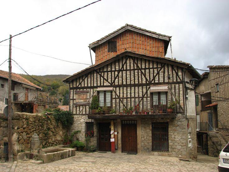 Arquitectura tradicional con entramados de madera