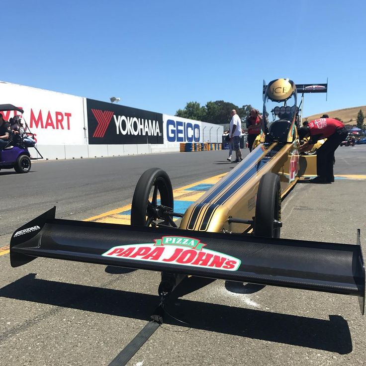 @leahpritchett_tf and her Papa John's racing team are heading into Q3 sitting number 1 after last nights record setting run #speedsociety #papajohns #lp777 #tf4 #record #toyotasonomanats #racesonoma