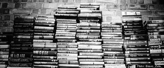 Supprimons les prix littéraires : Et voilà, rien ne va plus, la roue a tourné, les jeux sont faits. Les deus ex machina de la littérature hexagonale ont tranché et s'en sont allés designer ceux qui mériteront dans quelques semaines de recevoir une distinction littéraire. Les autres, tous les autres peuvent aller se rhabiller. Ils ne sont plus bons à rien.
