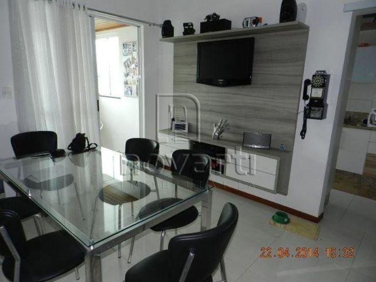 Excelente cobertura duplex com 3 dormitórios, sendo 1 suíte, terraço com mini spa, churrasqueira, área de serviço. Possui 1 vaga dupla. Condomínio bem localizado, oferece salão de festas.