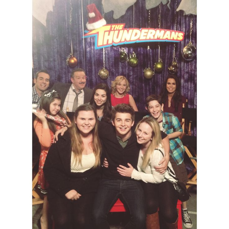 The cast of the Thundermans